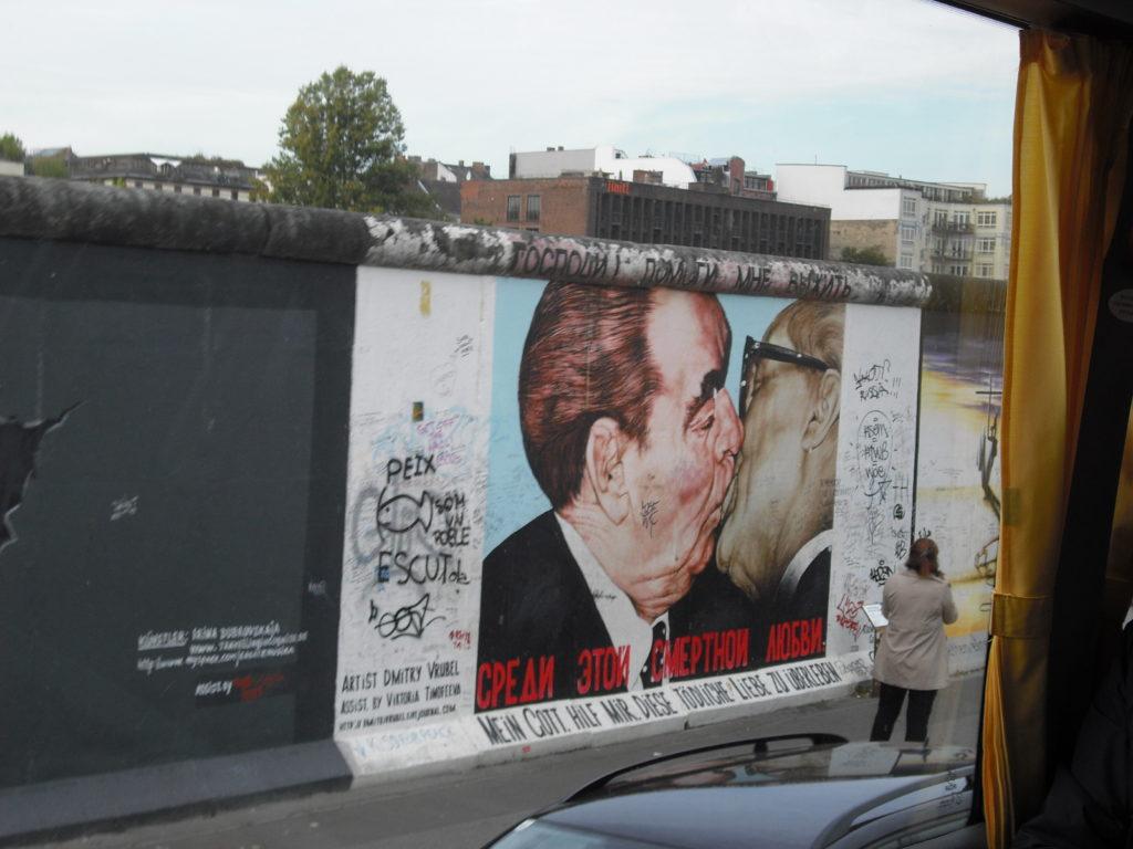 Mur de Berlin Le baiser qui tue